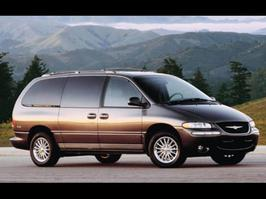 2000 Chrysler Town and Country Limited Edition