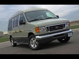 2005 Ford Econoline E-350