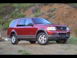 2004 Ford Explorer XLS