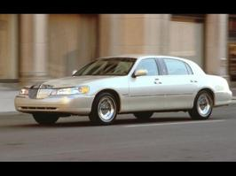 2001 Lincoln Town Car Cartier L