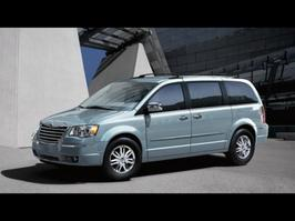 2008 Chrysler Town and Country Limited Edition