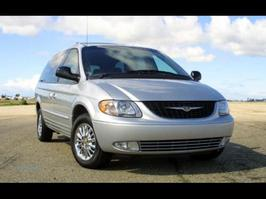 2004 Chrysler Town and Country Limited Edition