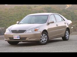 2004 Toyota Camry Standard