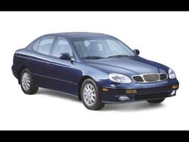2001 Daewoo Leganza CDX