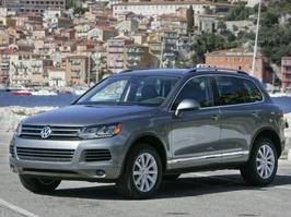 2011 Volkswagen Touareg Luxury