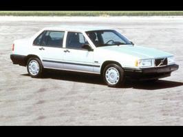1995 Volvo 900-Series 940