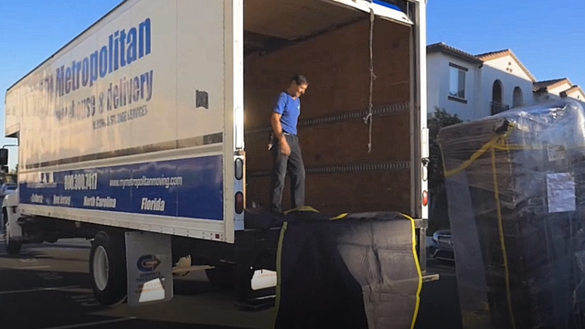 Home - Metropolitan Warehouse Delivery