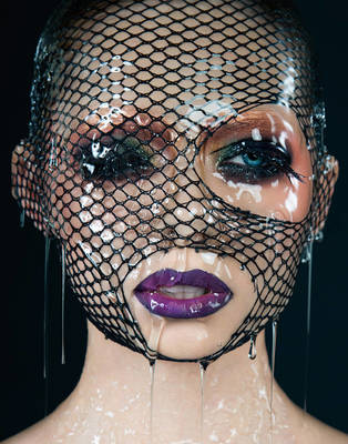 Wet Dream - VVV Magazine