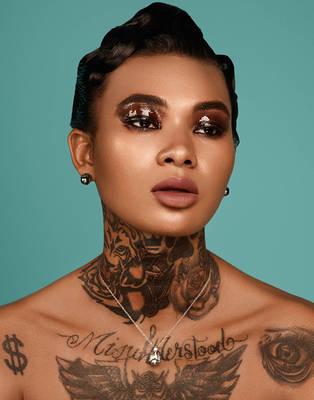 Asianna Scott - L'Officiel Vietnam