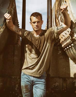 Joel Kinnaman - L'Officiel Fashion Book Australia
