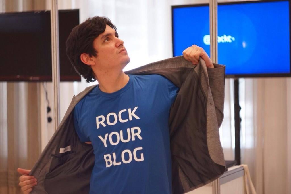 Profissionais de marketing - Vitor Pecanha