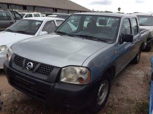 Vehículo - Nissan Frontier 2008