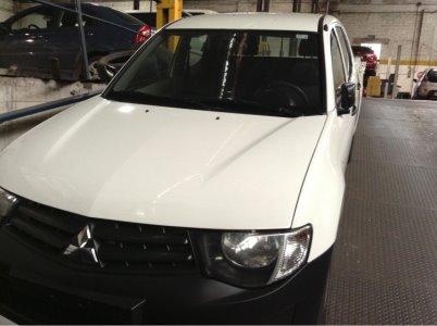 Vehículo - Mitsubishi L200 2010