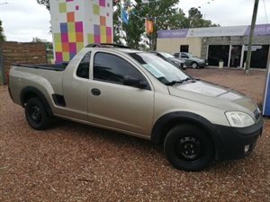 Vehículo - Chevrolet Montana 2009