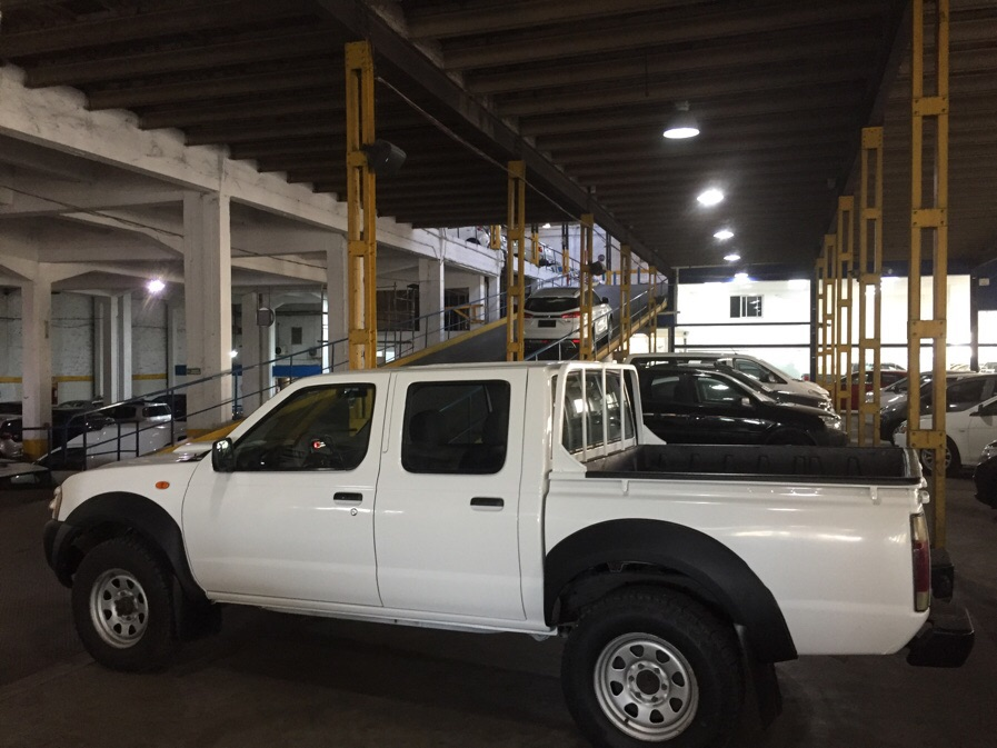 Nissan Frontier 4X4 Doble Cabina