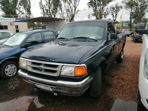 Vehículo - Ford Ranger 1996