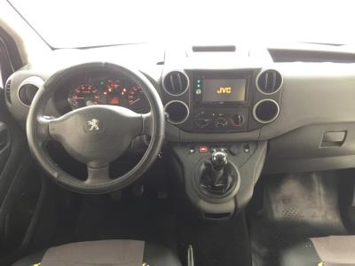 Peugeot Partner B9