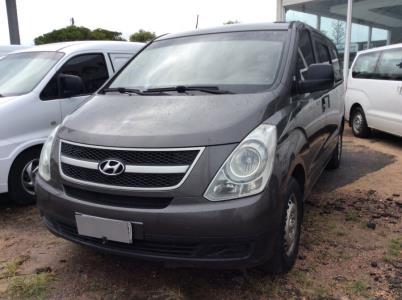 Vehículo - Hyundai H-1 2012