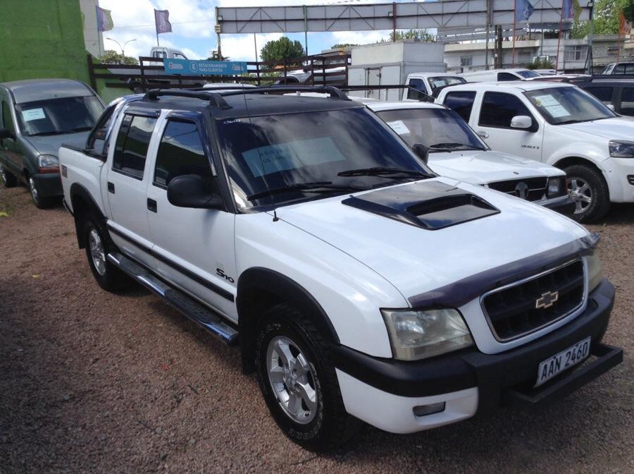 Chevrolet S10 4 x 2  full
