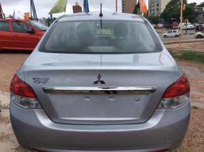 Mitsubishi Mirage G4 Full Version