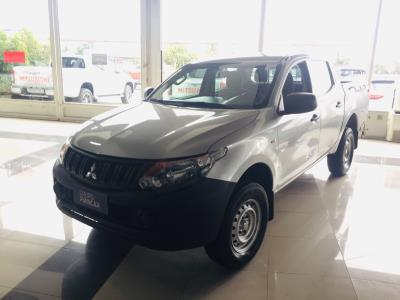 Vehículo - Mitsubishi L200 2016