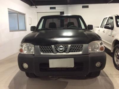 Vehículo - Nissan Frontier 2010