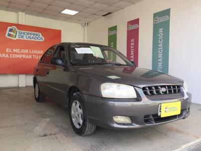 Vehículo - Hyundai Accent 2001