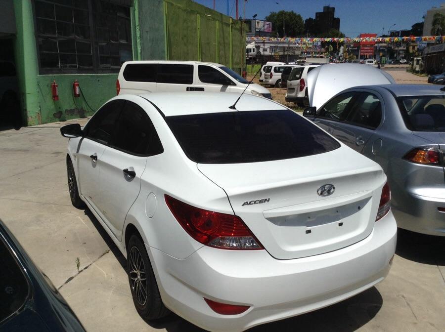 Hyundai Accent sedan full edicion limitada