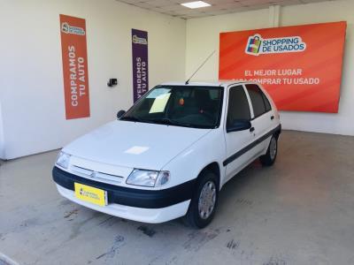 Vehículo - Citroën Saxo 1997