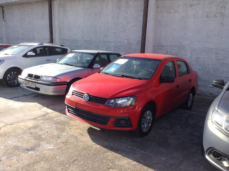 Volkswagen Gol sedan full