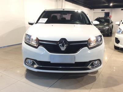 Vehículo - Renault Logan 2018