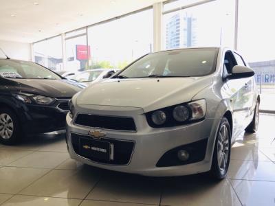 Vehículo - Chevrolet Sonic 2014