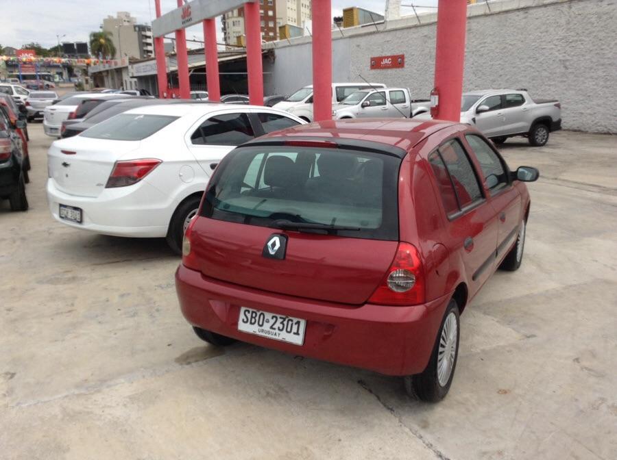 Renault Clio sedan full