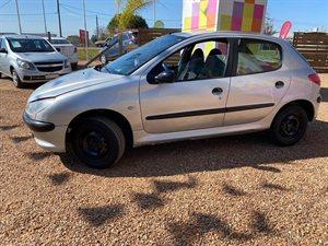 Vehículo - Peugeot 206 2000