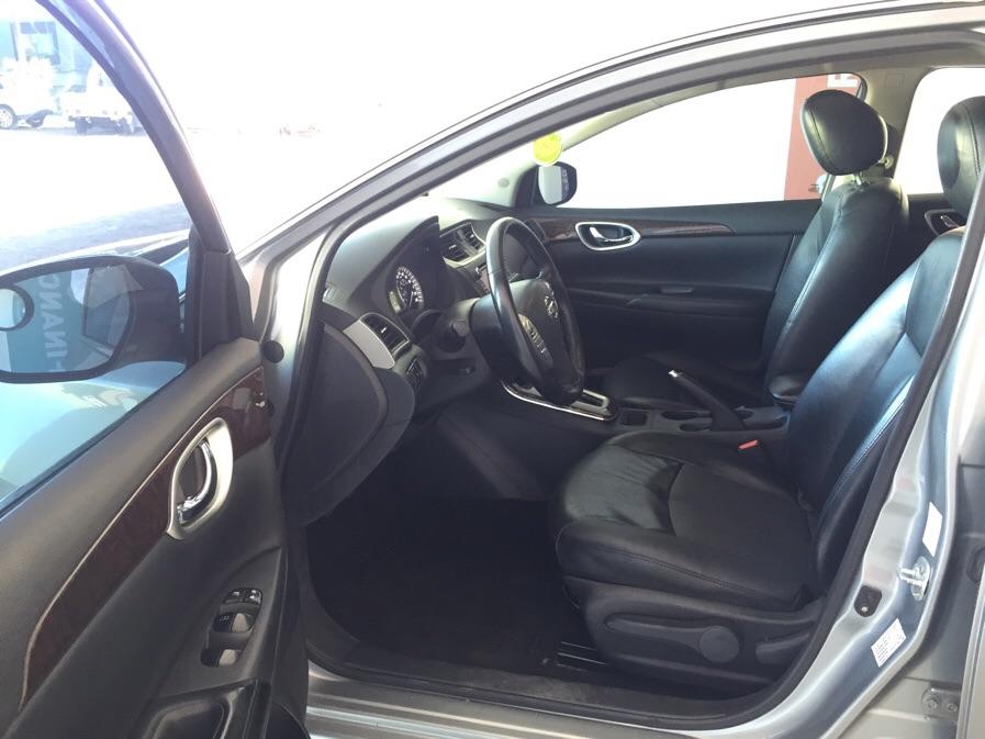 Nissan Sentra EXCLUSIVE CVT AUTOMATICO