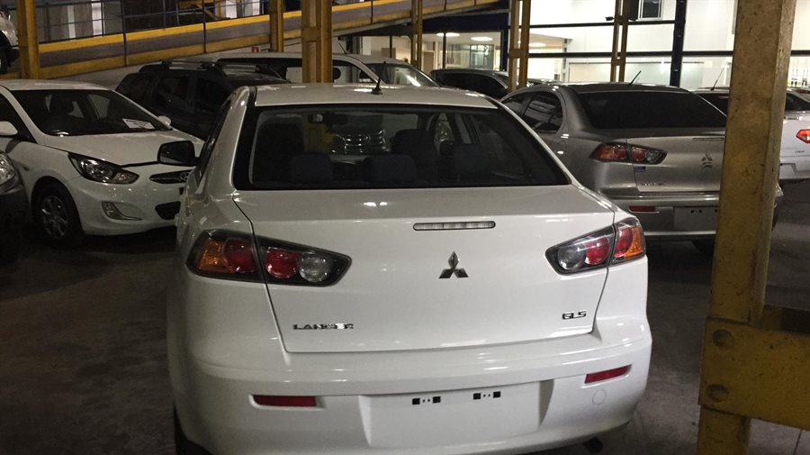 Mitsubishi Lancer EX GLS 1.6cc