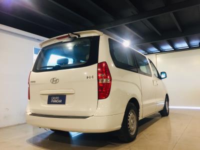 Hyundai H-1 Diesel - Van