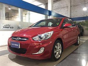 Vehículo - Hyundai Accent 2015