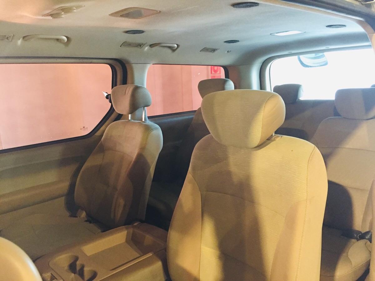 Hyundai H-1 Minibus 12 Asientos
