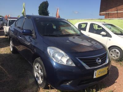 Vehículo - Nissan Versa 2013