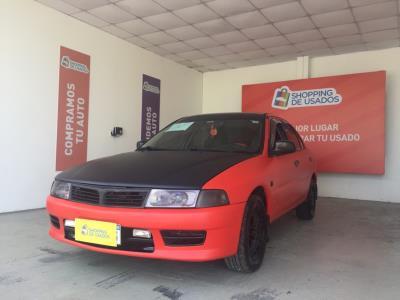 Vehículo - Mitsubishi Lancer 2001