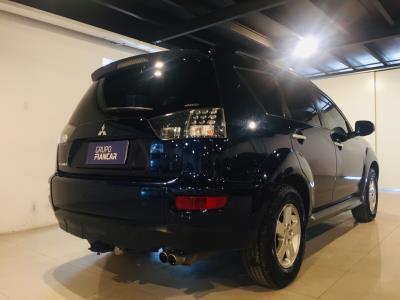 Mitsubishi Outlander 4wd 6V Automatica