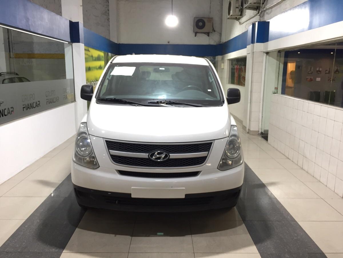 Hyundai H-1 MINIBUS