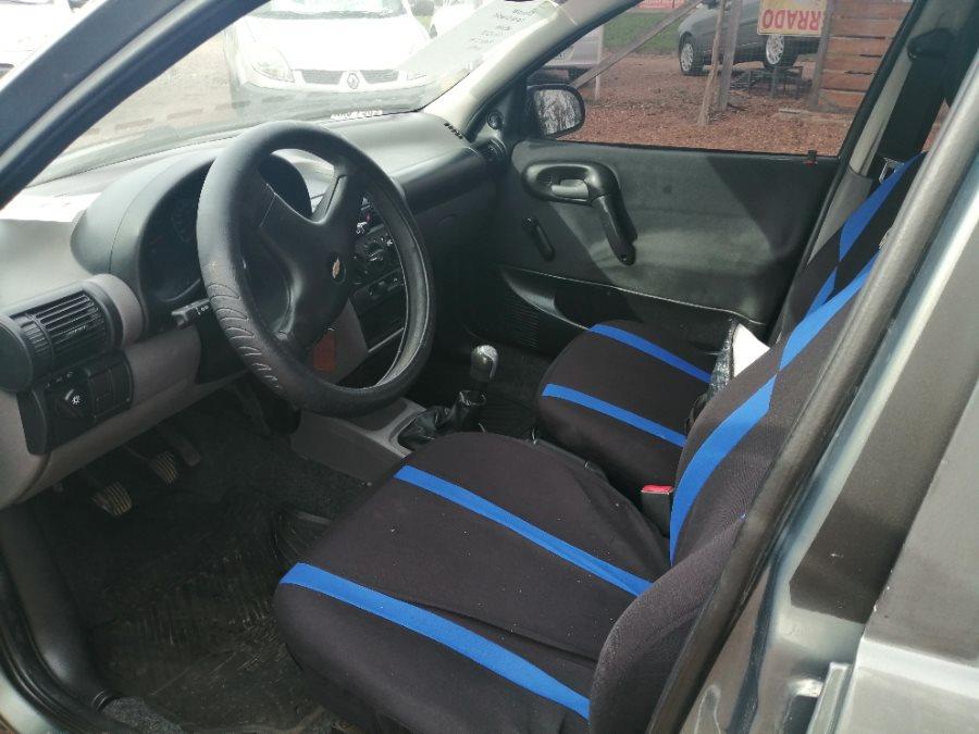 Chevrolet Corsa ESTANDAR  1.4
