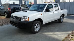 Vehículo - Nissan Frontier 2013