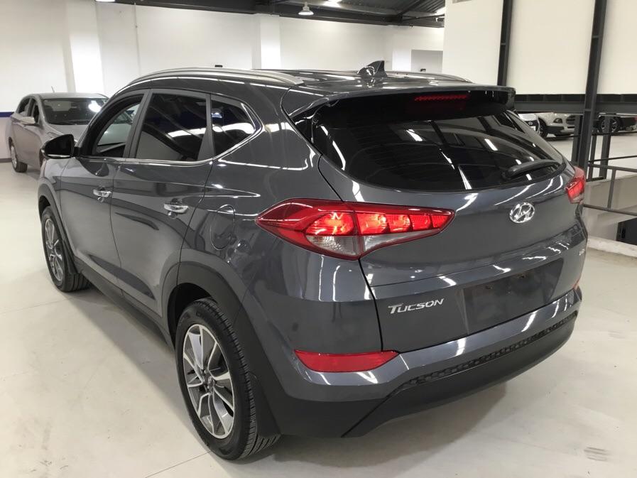 Hyundai Tucson sport turbo