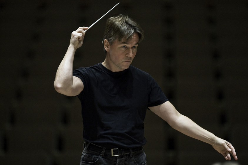 Salonen wins ECHO Klassik Award for Conductor of the Year