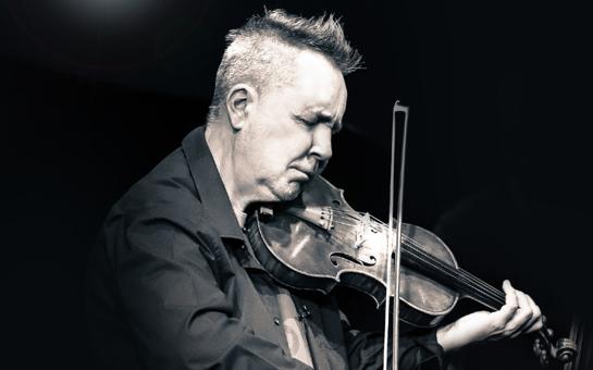 "World premiere of Nigel Kennedy's Violin Concerto No. 1 ""Für"