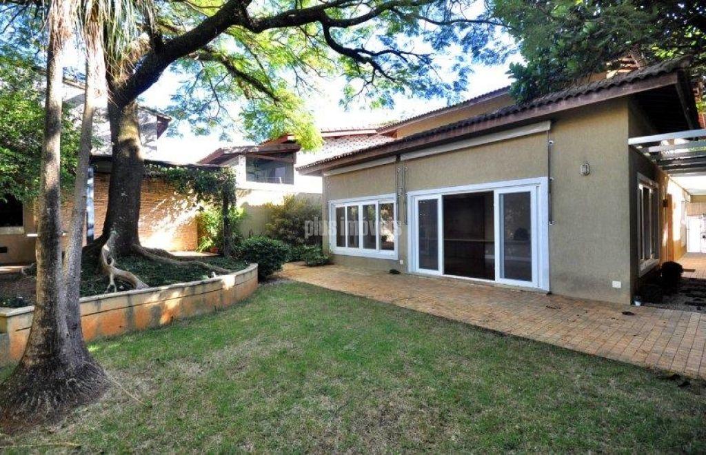 Casa Assobradada para Locação - Alto de Pinheiros