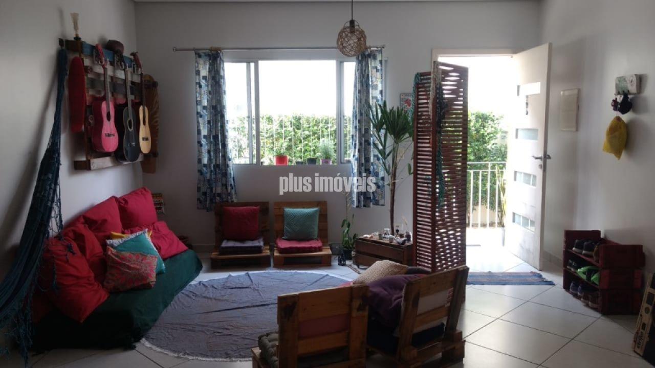 Casa em Condomínio Fechado para Venda - Vila Monumento